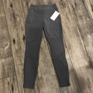 Brand new Athleta Summiter Tight